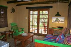 4-Bushbaby-Lounge