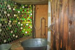 6-Hoopoo-Bathtub-shower