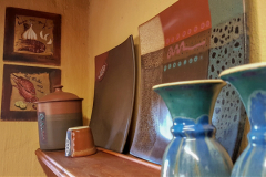 Shelf-pottery